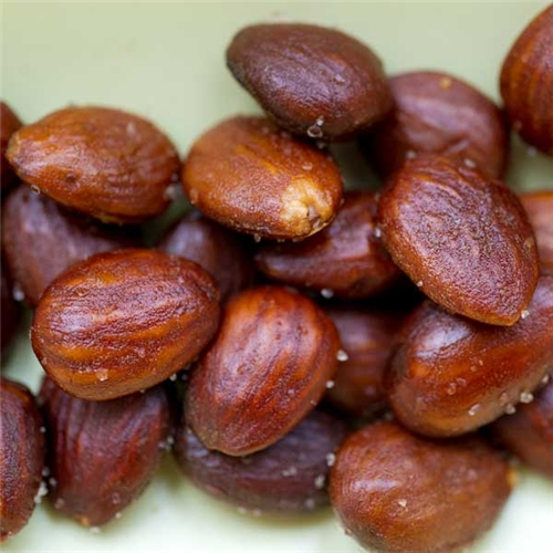 fried spanish almonds with skin on